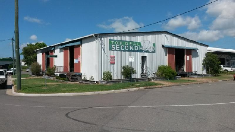 Top Deal - Warehouse in Prime Central Location