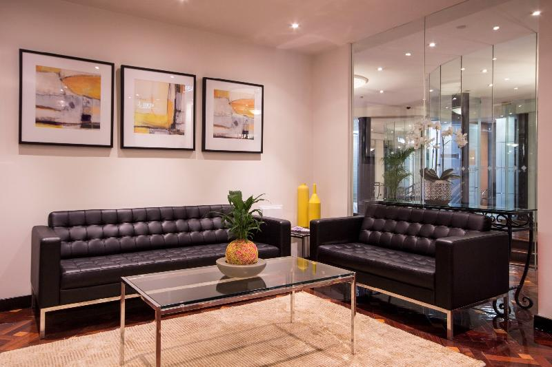 LIGHT & BRIGHT FILLED LEASING OPPORTUNITY IN THE CBD