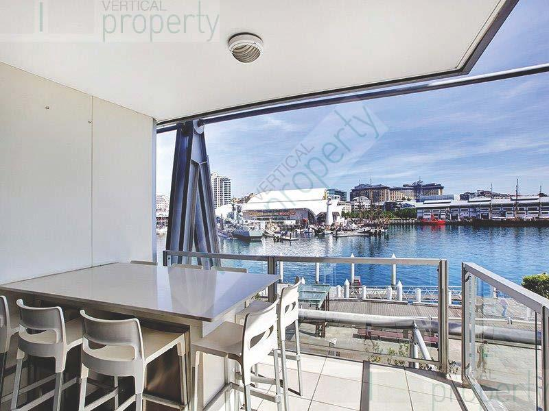 Absolute Waterfront Office