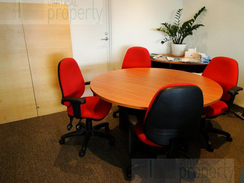 Luxurious Water Front Boardroom Hire
