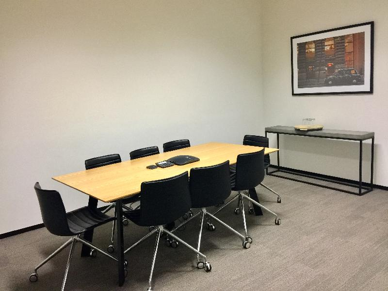 4 Person Office Space in Sydney CBD, Town Hall Station & QVB