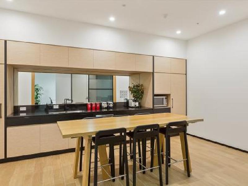 3 Person Office Space in Sydney CBD, Town Hall Station & QVB