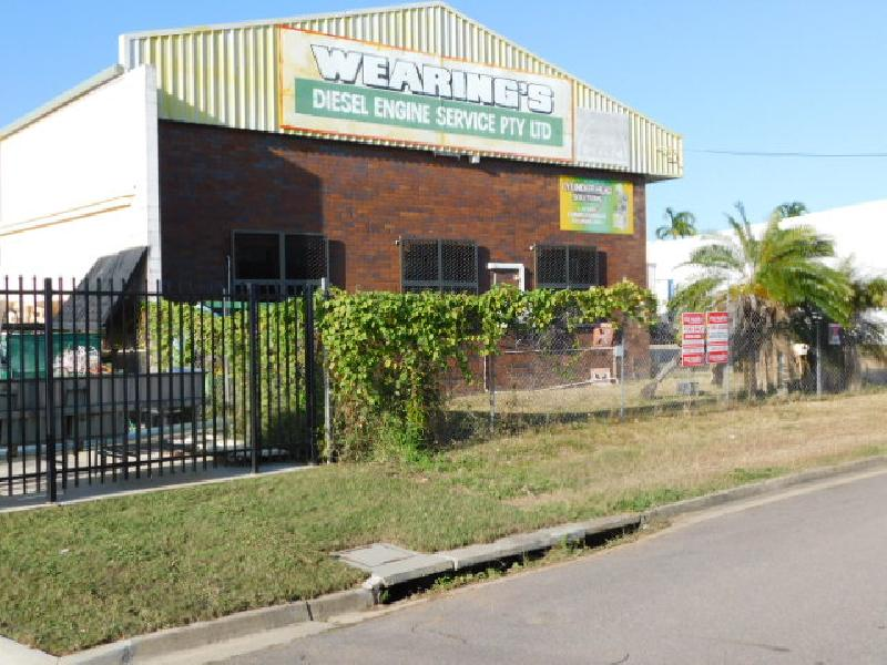 Warehouse in Prime Location For Sale or Lease